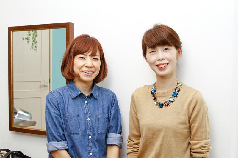 ママスタッフのふたり。宮田さん(左)はパートを、森さん(右)は正社員を選択。希望するペースで楽しく働ける職場に感謝している