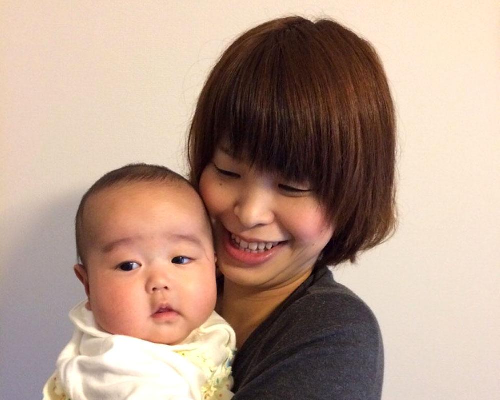 今年8月に樂士くんが誕生した、育休中のママスタイリスト 松木亜矢香さん。「L'Aube」には、来年4月に復帰予定