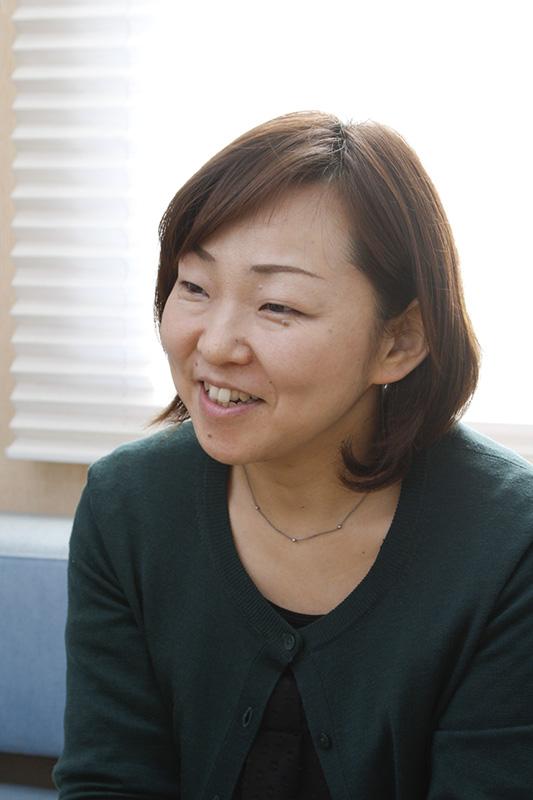 「ママとして働くことはとても不安に思ってしまうもの。労働環境の面だけでなく、気持ちの部分もサポートしたいと考えています」と飯塚さん