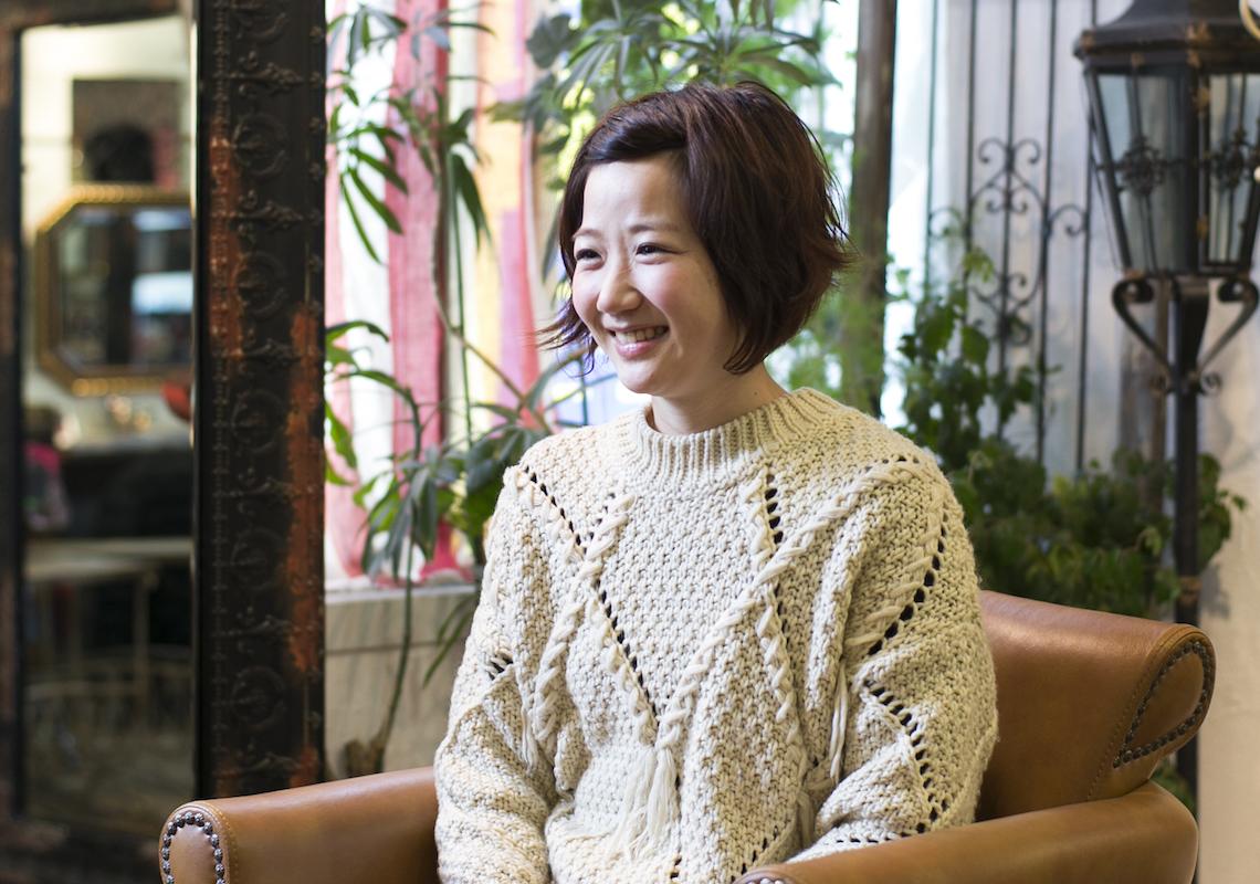 グループ店舗「felice」で働くママスタイリスト寺岡ひとみさんは、「CUORE」の寺岡さんのお姉さん。平日3日と土曜日の週4日、時短勤務でがんばっている