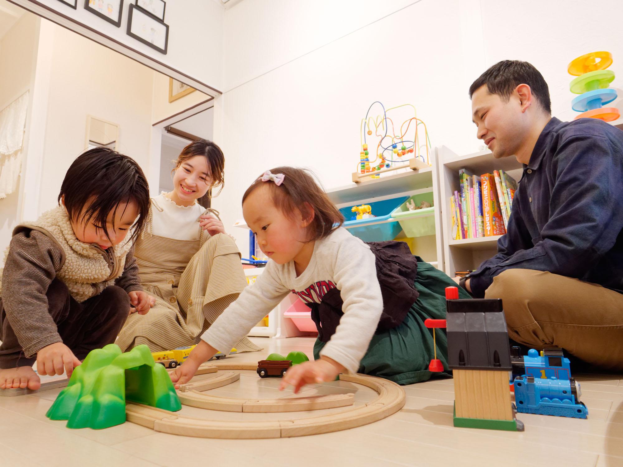 第2の自宅のような空間で、子どもたちはのびのび!ママの仕事が終わるまで飽きずに楽しく過ごせる